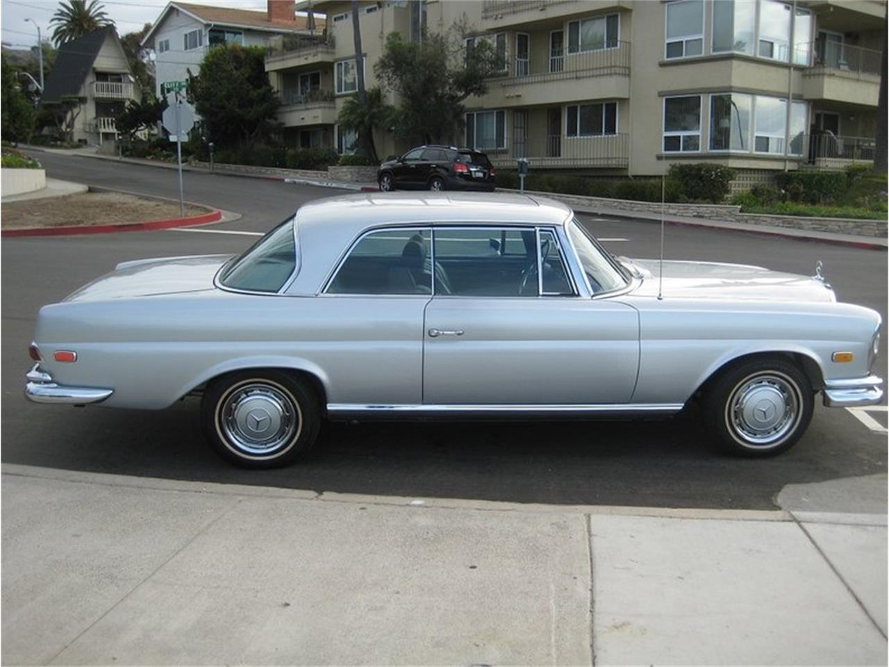 Large Picture of Classic 1969 Mercedes-Benz 280SE - MGKL
