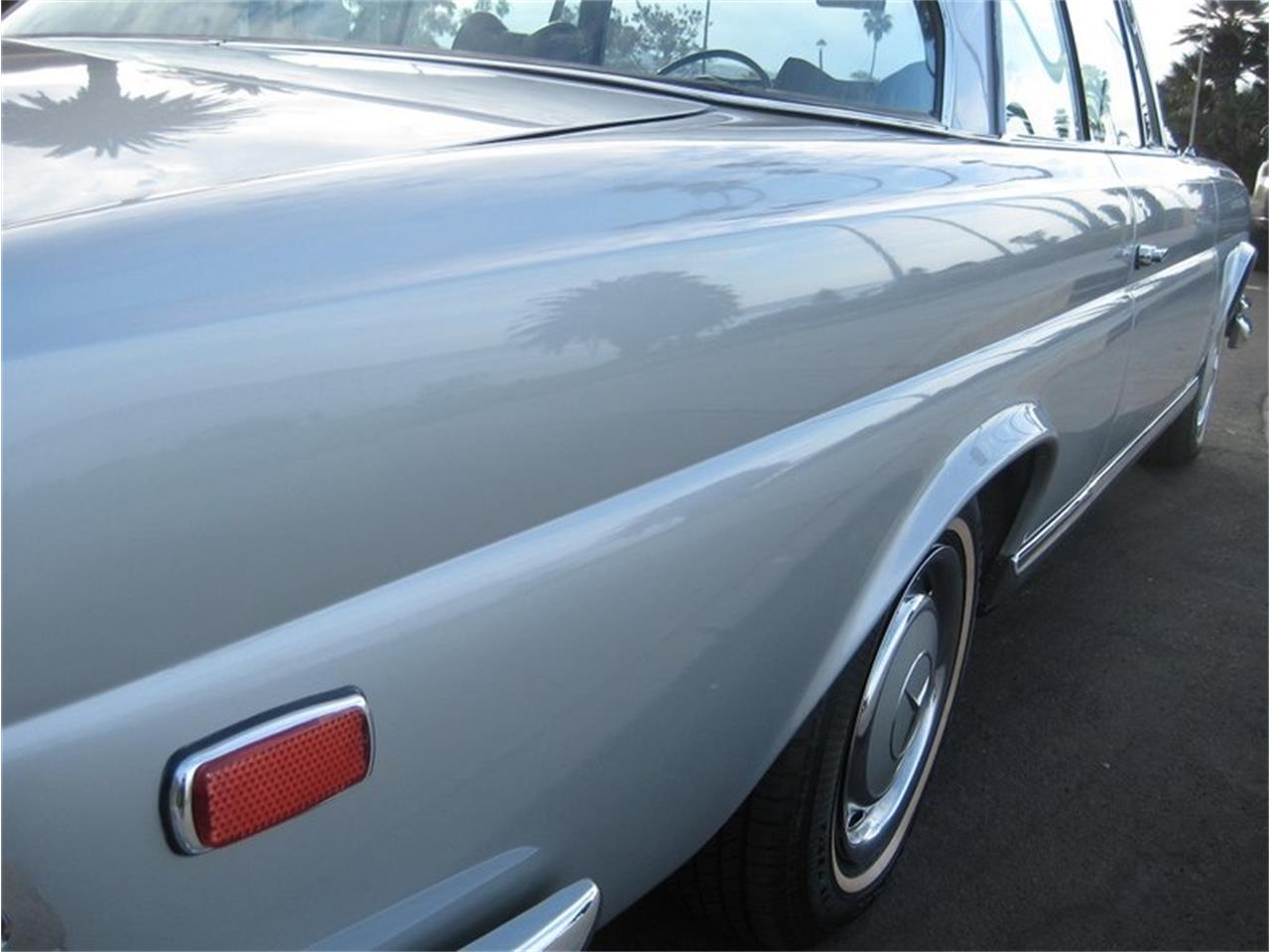 Large Picture of '69 Mercedes-Benz 280SE located in Laguna Beach California - $109,000.00 - MGKL