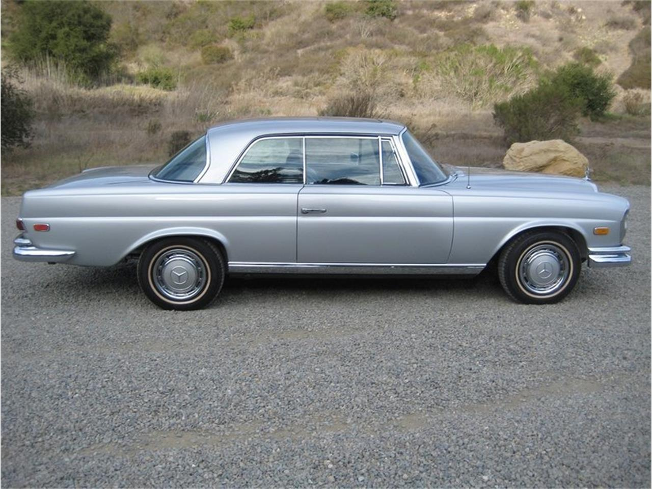 Large Picture of Classic 1969 280SE located in Laguna Beach California - $109,000.00 Offered by Laguna Classic Cars - MGKL