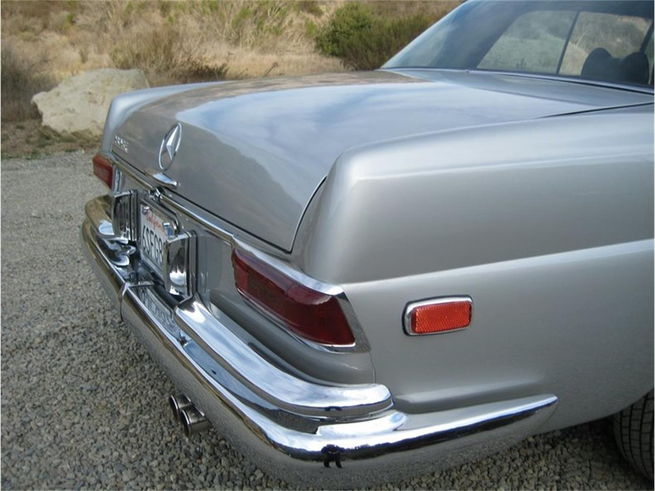 Large Picture of Classic 1969 Mercedes-Benz 280SE located in Laguna Beach California - $109,000.00 - MGKL