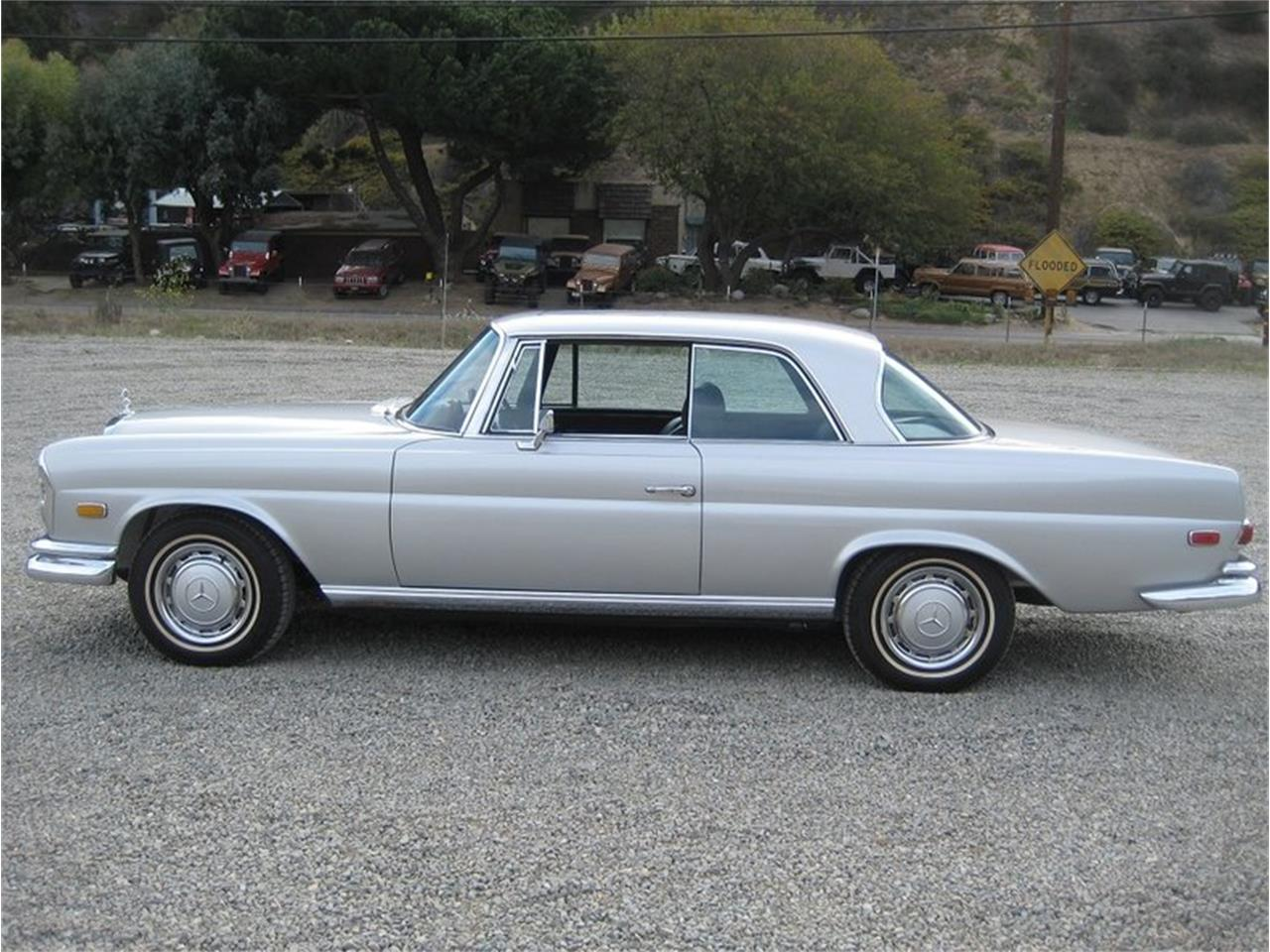 Large Picture of Classic '69 Mercedes-Benz 280SE - $109,000.00 - MGKL