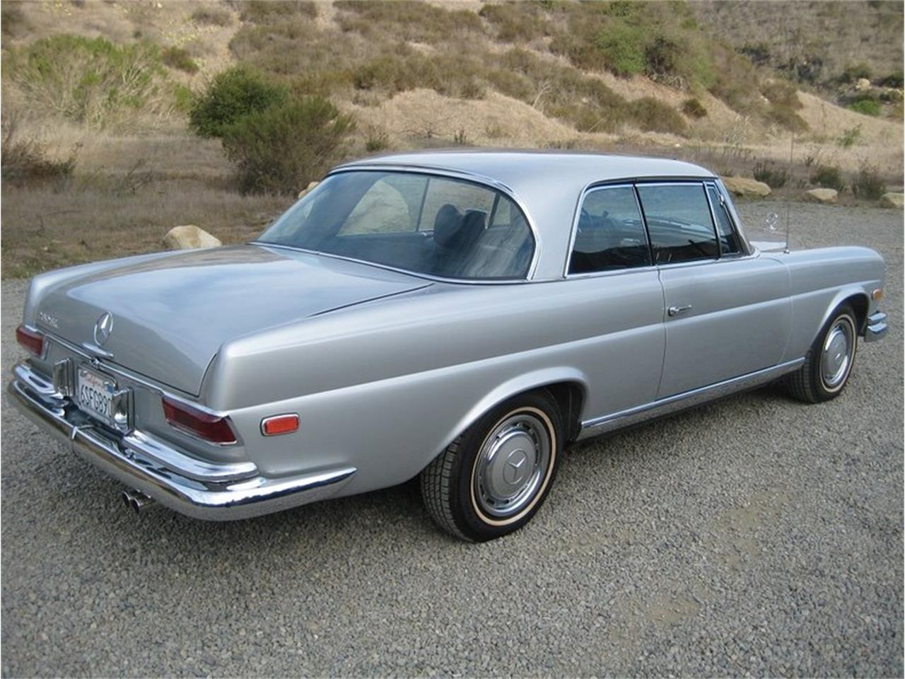 Large Picture of '69 Mercedes-Benz 280SE located in California - $109,000.00 Offered by Laguna Classic Cars - MGKL