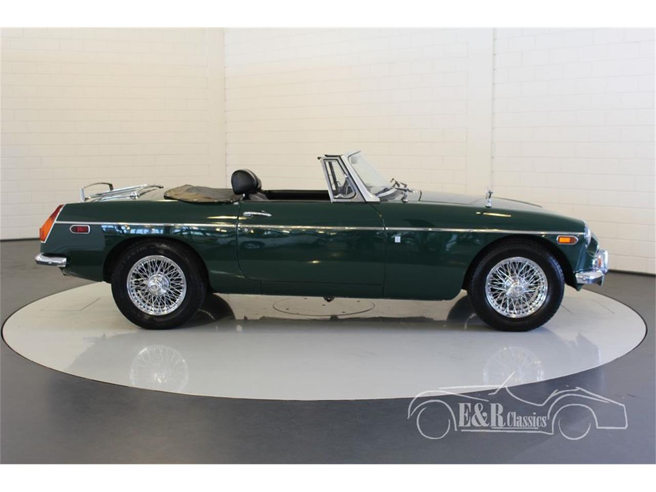 Large Picture of Classic 1970 MG MGB located in Waalwijk Noord Brabant - MGNE