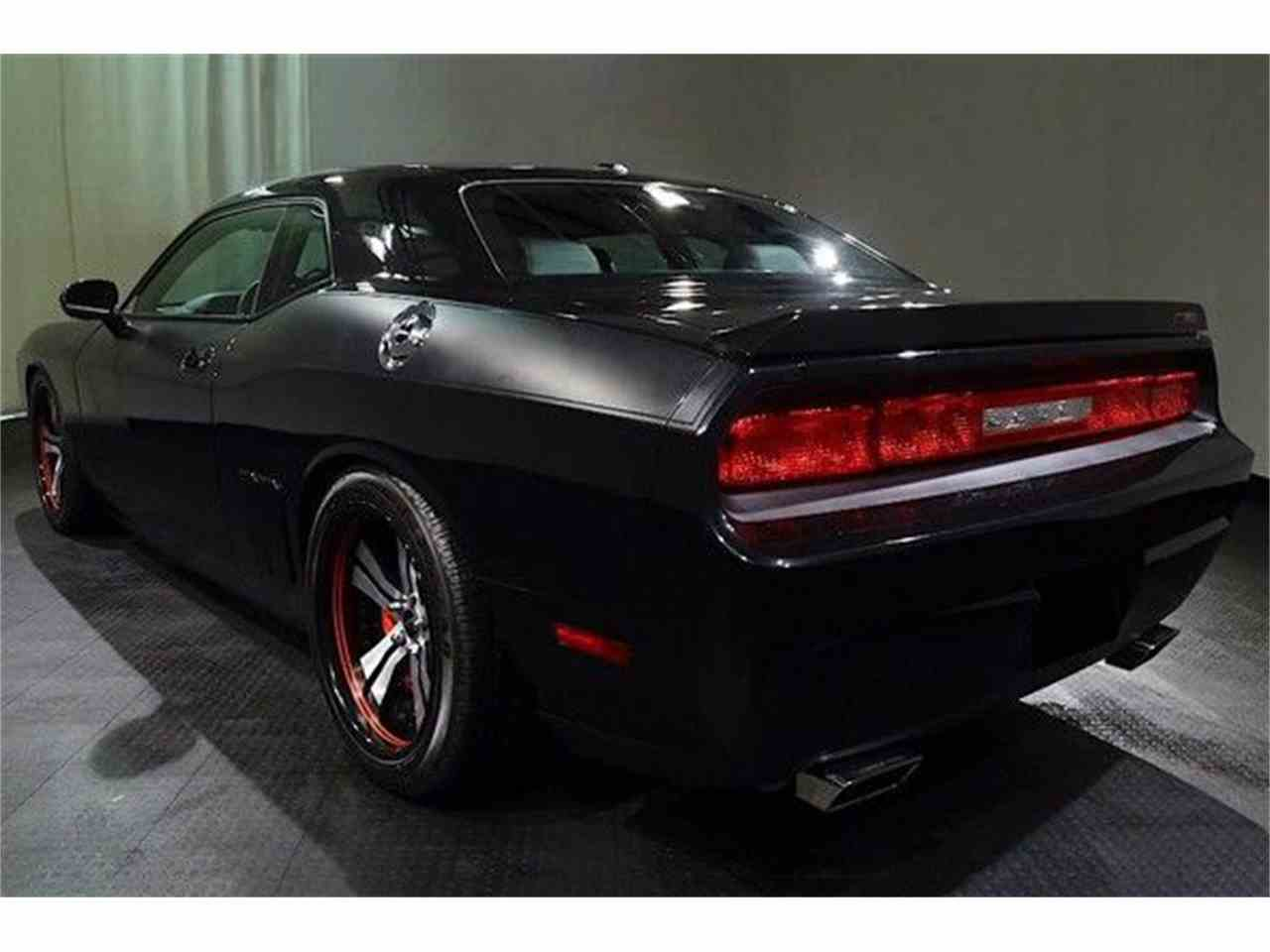 Large Picture of '09 Challenger - MGOZ