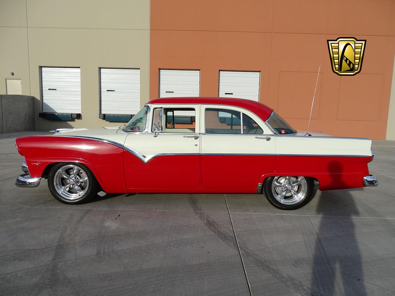 Large Picture of '55 Fairlane - MGPW