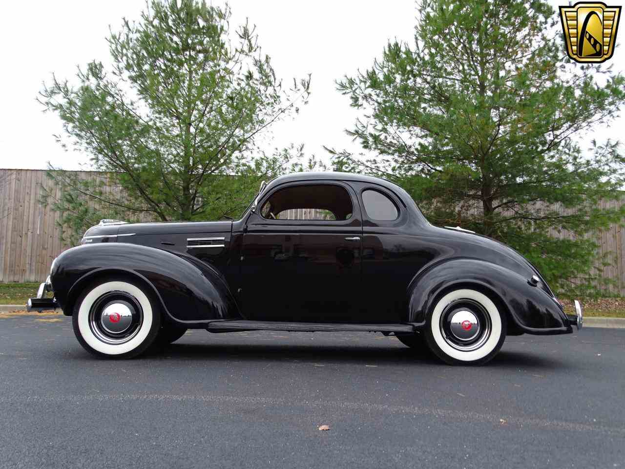 Large Picture of 1939 Plymouth 2-Dr Coupe located in O'Fallon Illinois - MGQ5
