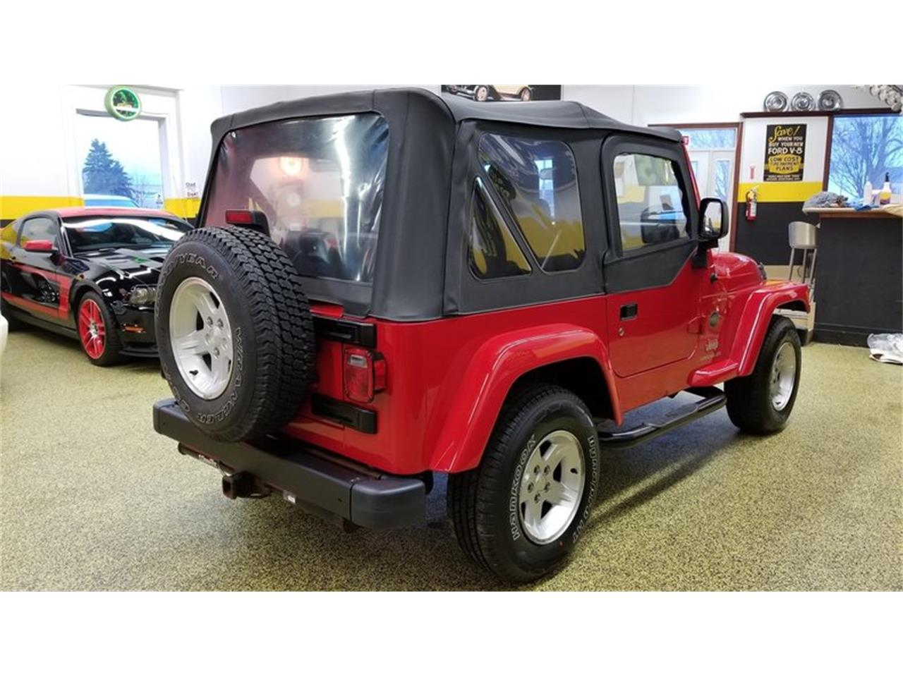 Large Picture of '05 Jeep Wrangler Rocky Mountain Edition 4x4 Offered by Unique Specialty And Classics - MGQV
