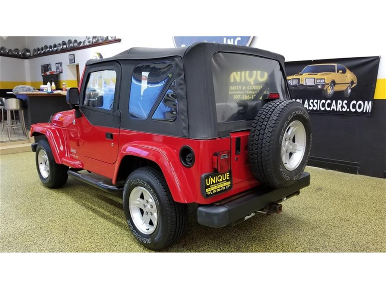 Large Picture of 2005 Jeep Wrangler Rocky Mountain Edition 4x4 - $14,900.00 - MGQV