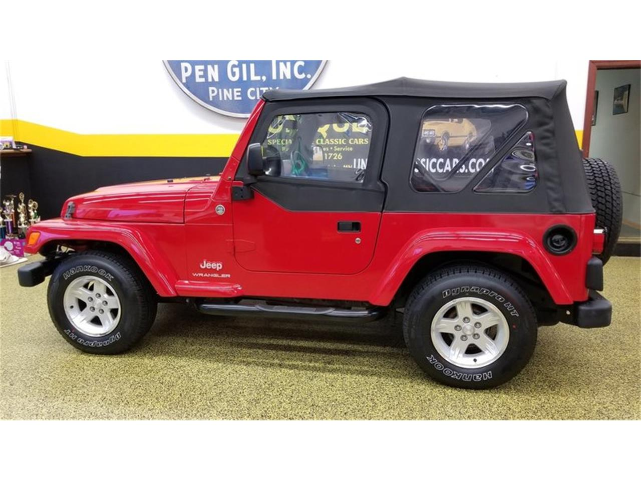 Large Picture of '05 Wrangler Rocky Mountain Edition 4x4 located in Mankato Minnesota - MGQV