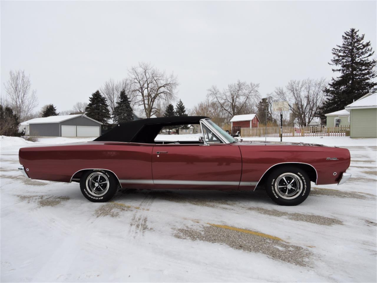 Large Picture of Classic 1968 Plymouth Satellite located in Iowa Offered by Coyote Classics - MGSN