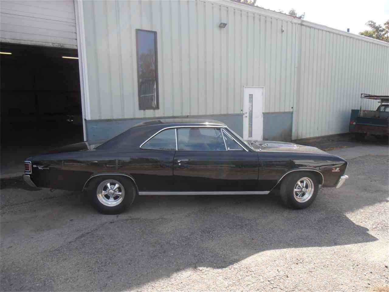 Large Picture of 1967 Chevelle SS - MGUN