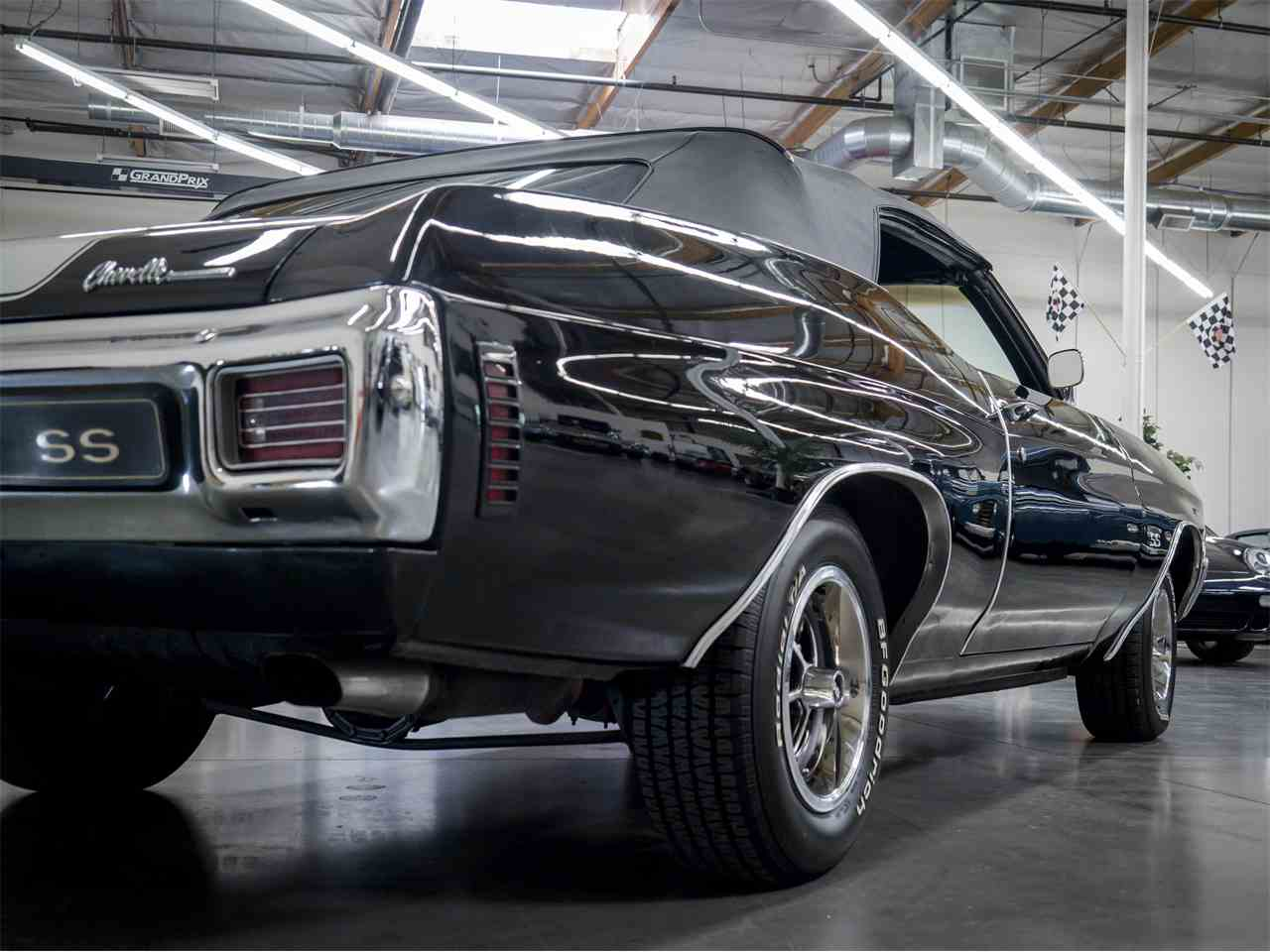 Large Picture of '70 Chevelle SS - MGVW