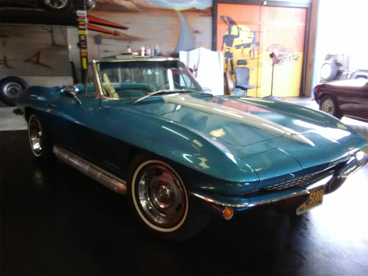 Large Picture of 1967 Chevrolet Corvette - MGW4