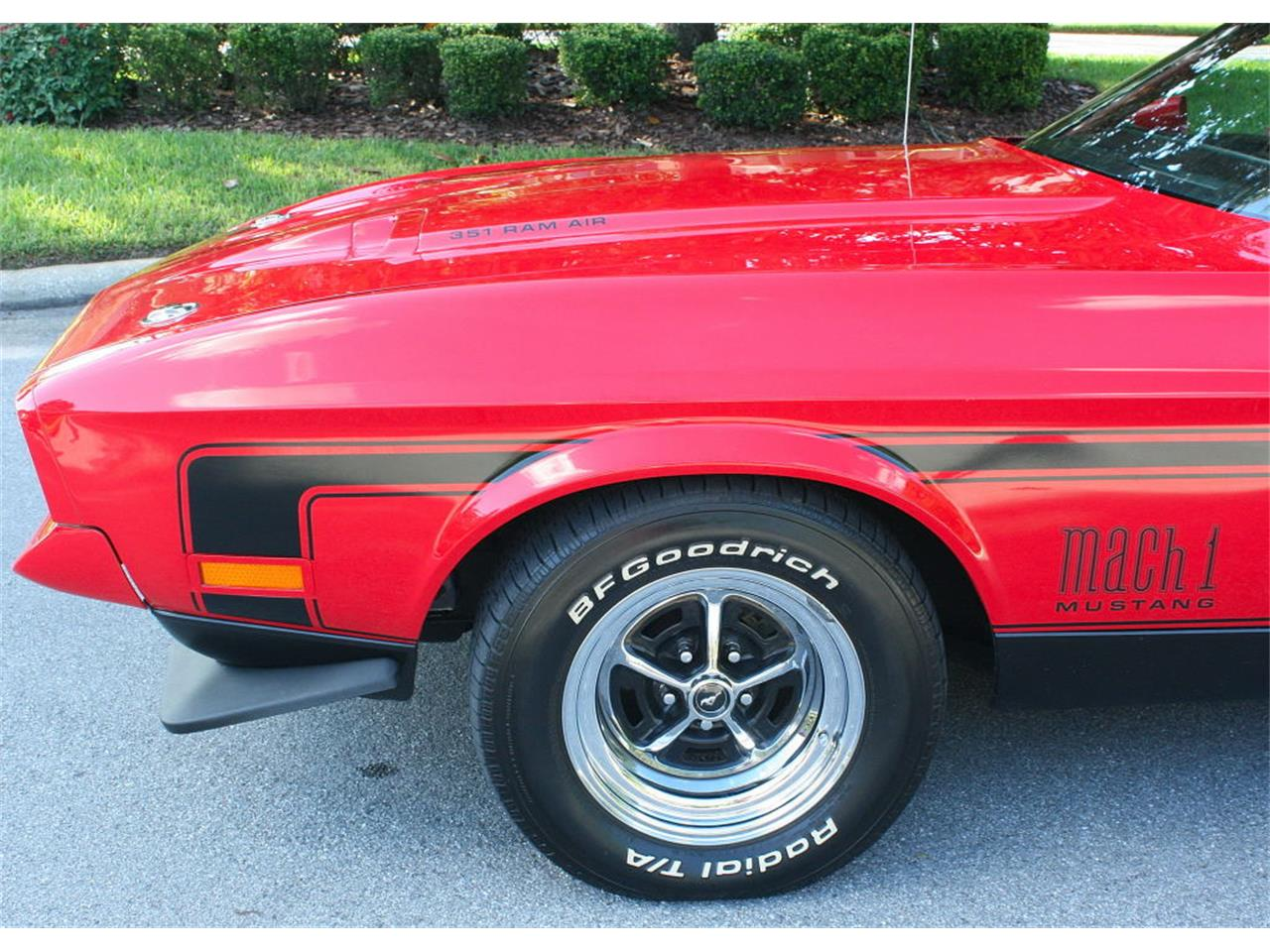 Large Picture of Classic 1972 Ford Mustang - MGWW