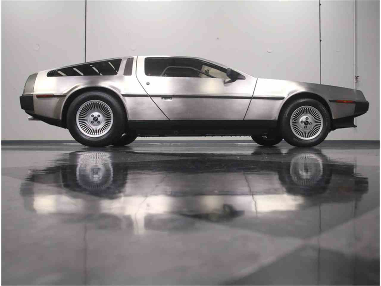 Large Picture of 1981 DeLorean DMC-12 - MGXM