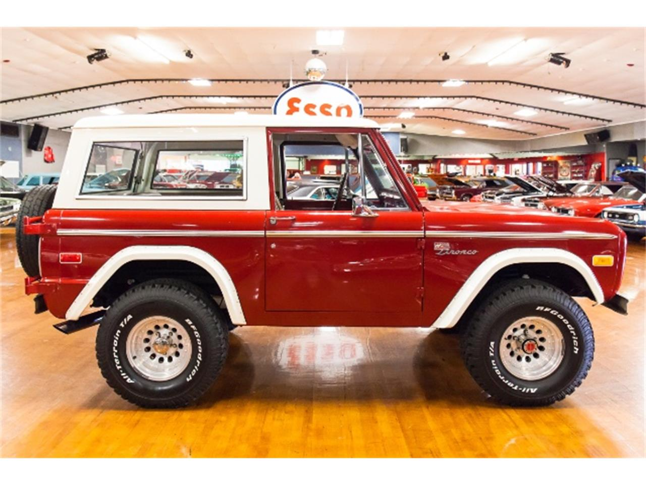 Large Picture of Classic 1971 Bronco - MGXX