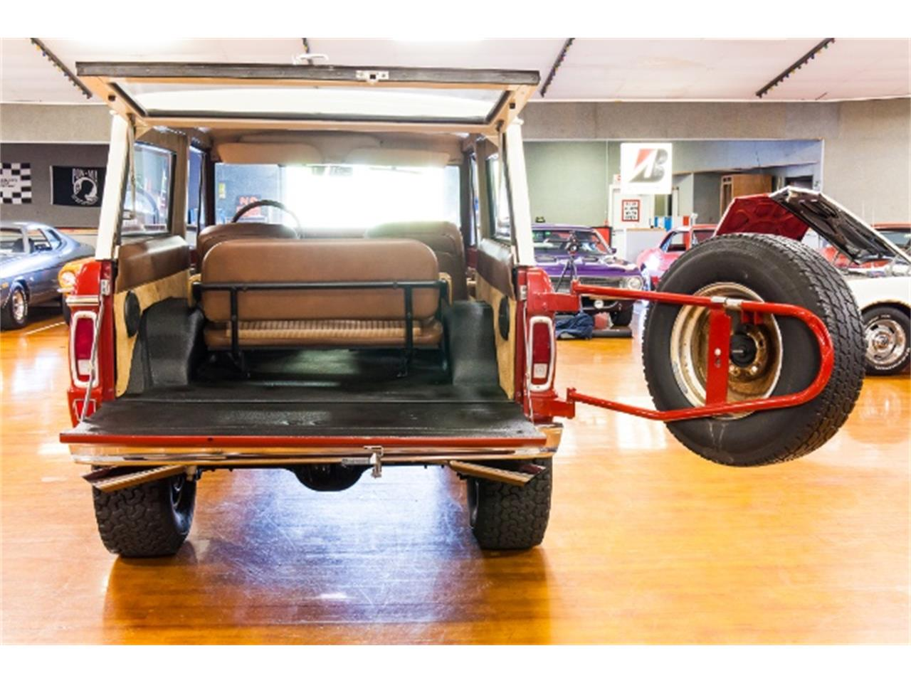 Large Picture of Classic 1971 Ford Bronco located in Indiana Pennsylvania Offered by Hanksters Muscle Cars - MGXX