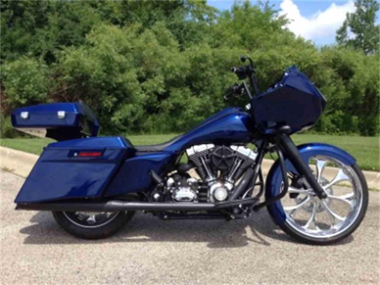 Harley Davidson Road Glide Exhaust