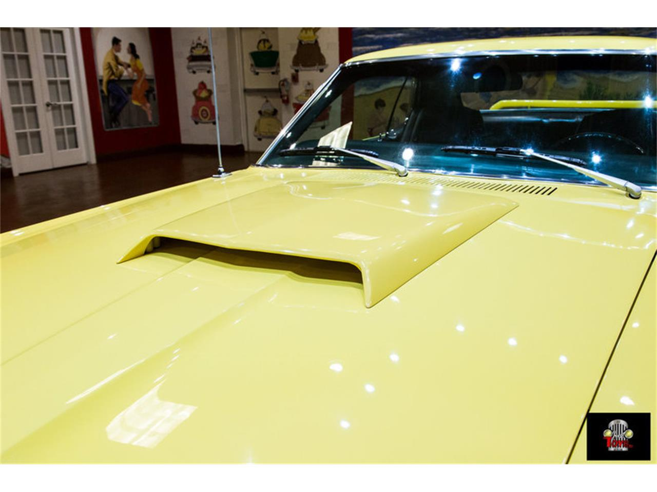 Large Picture of '69 Cougar located in Florida - $31,995.00 - MGZ0
