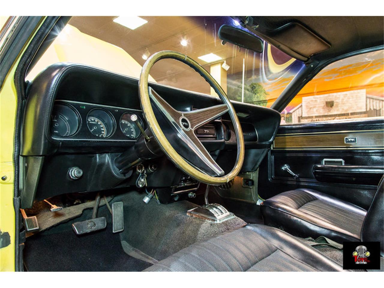 Large Picture of Classic '69 Mercury Cougar - $31,995.00 - MGZ0