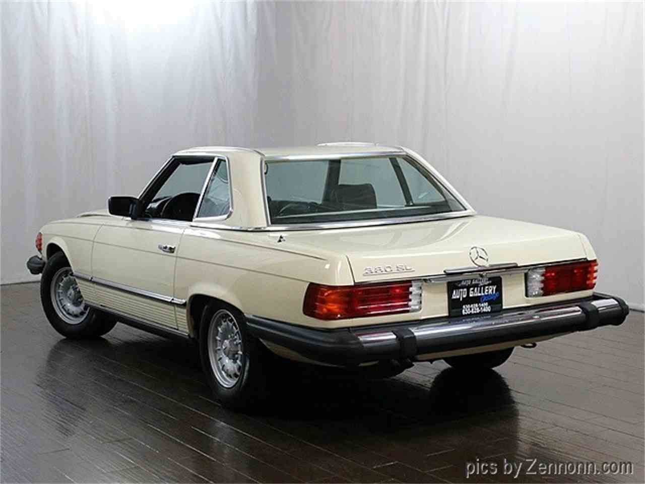 Large Picture of 1981 Mercedes-Benz 380 located in Illinois - $14,990.00 Offered by Auto Gallery Chicago - MH10