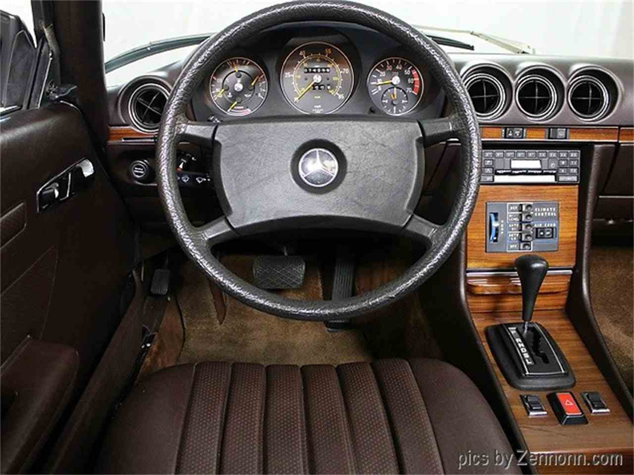 Large Picture of 1981 Mercedes-Benz 380 located in Addison Illinois - MH10