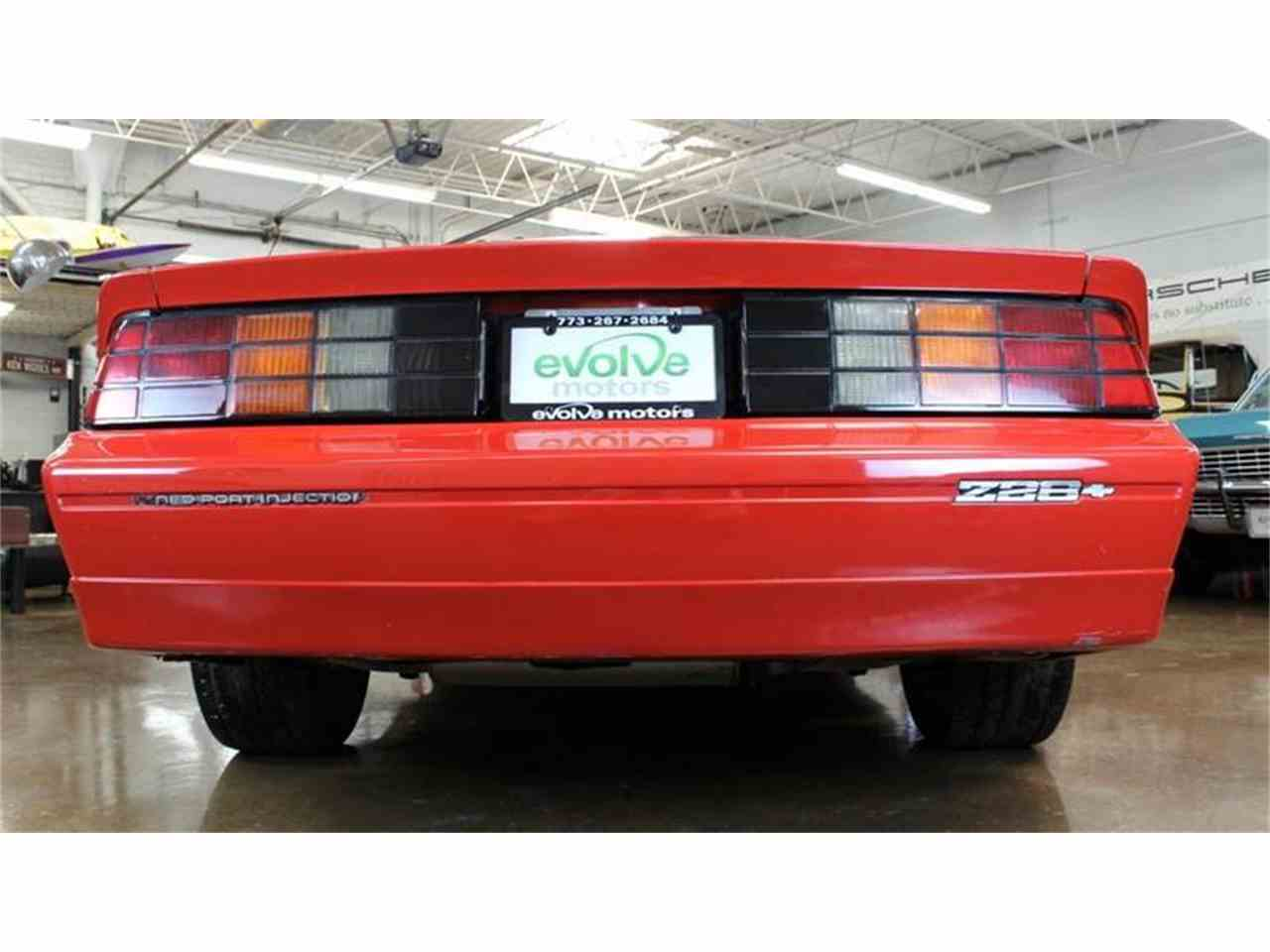 Large Picture of 1985 Chevrolet Camaro located in Illinois - $13,900.00 - MH2P