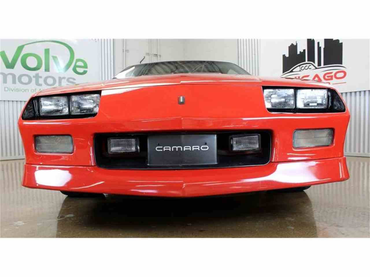Large Picture of 1985 Chevrolet Camaro located in Chicago Illinois - $13,900.00 - MH2P