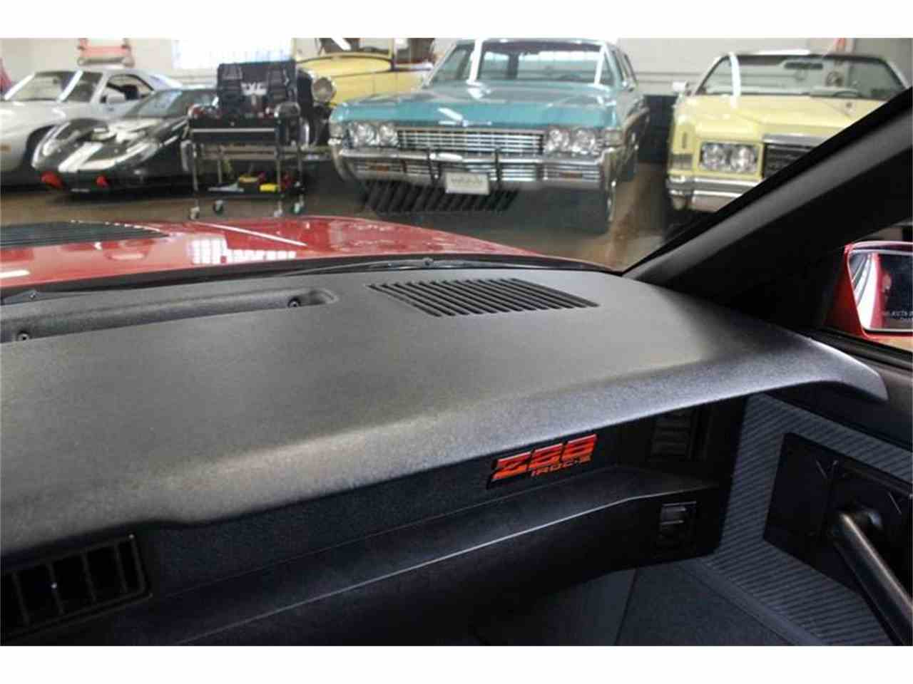 Large Picture of '85 Chevrolet Camaro - MH2P