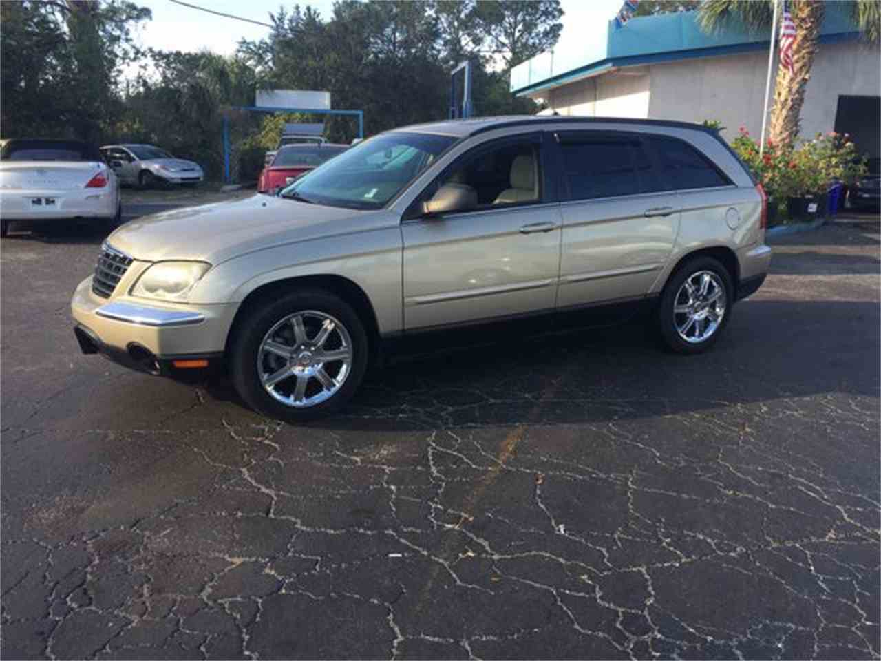 Large Picture of '06 Pacifica - MH3F