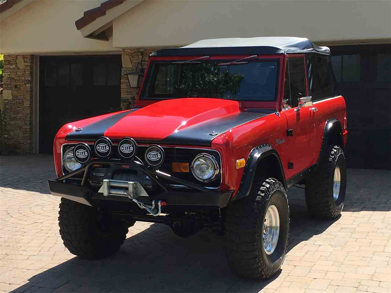 Large Picture of '70 Bronco - MH4V