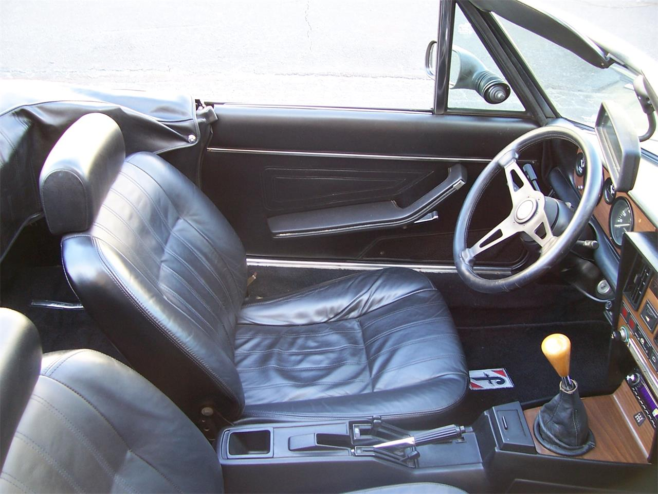 Large Picture of 1985 Fiat Spider located in Alpharetta Georgia - $14,900.00 - MH5P