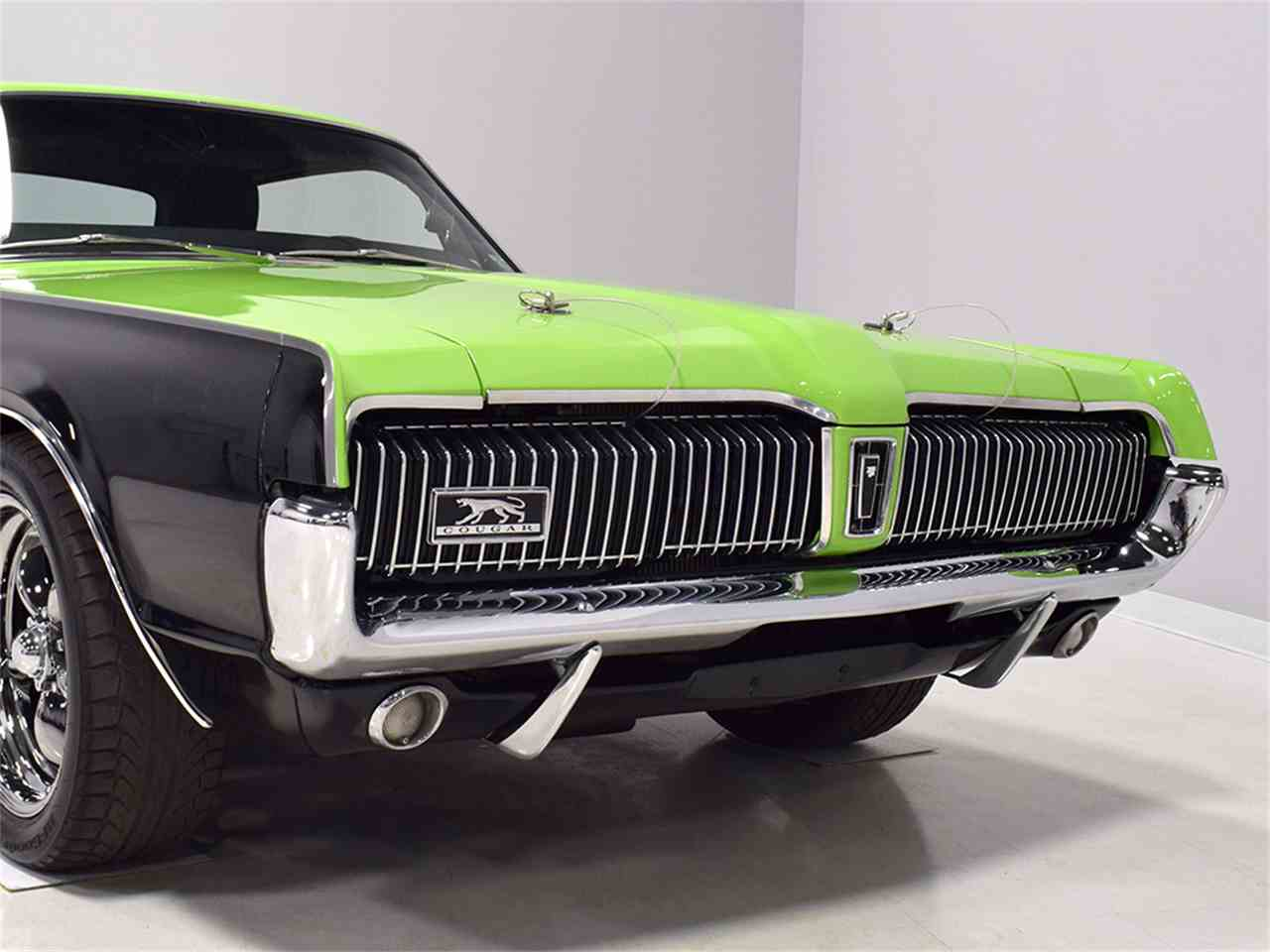 Large Picture of '67 Cougar - MH5X
