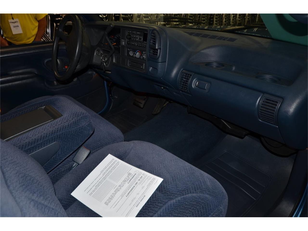Large Picture of '96 Silverado - MH65
