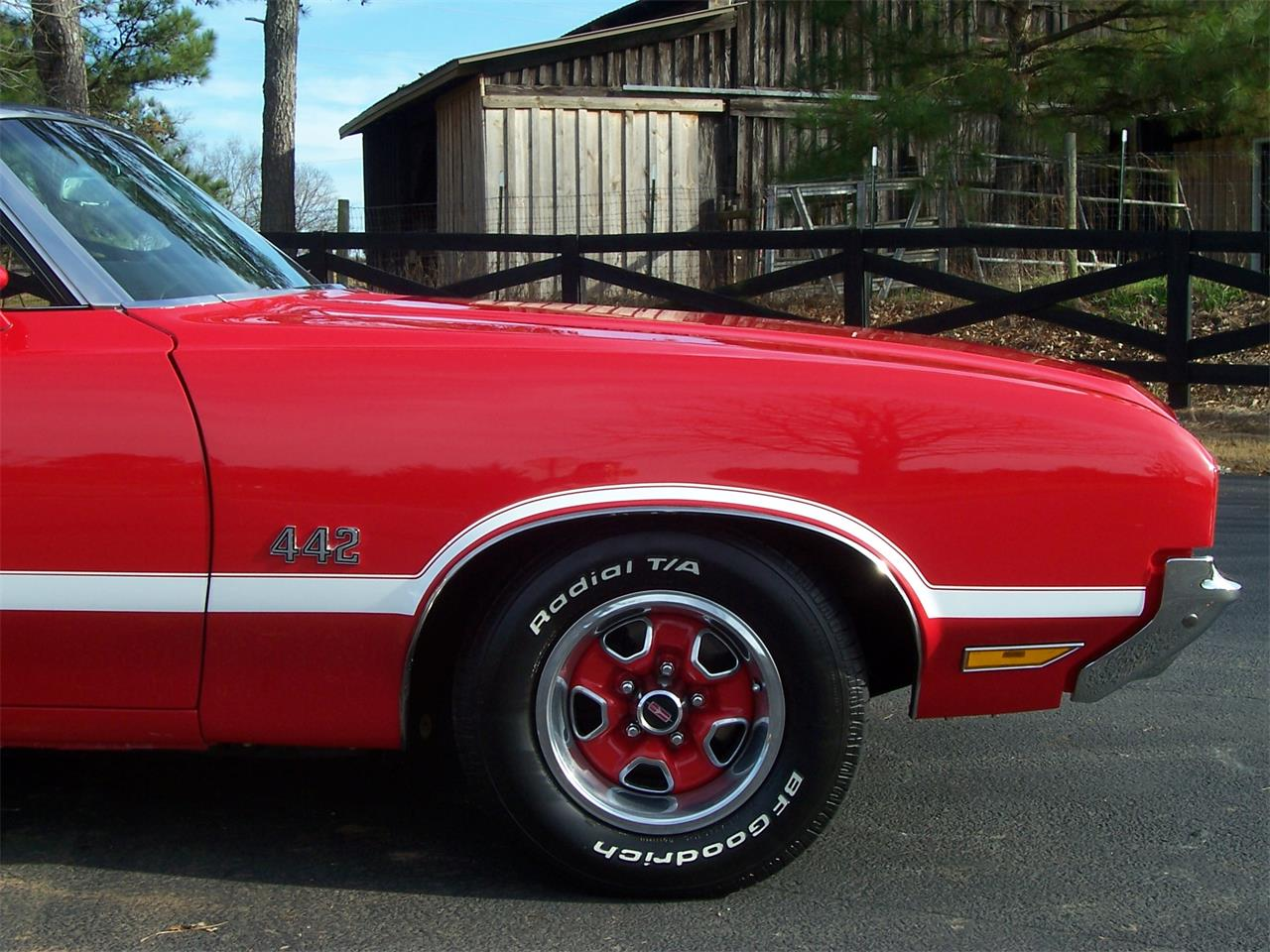 Large Picture of 1971 Oldsmobile Cutlass - MH68