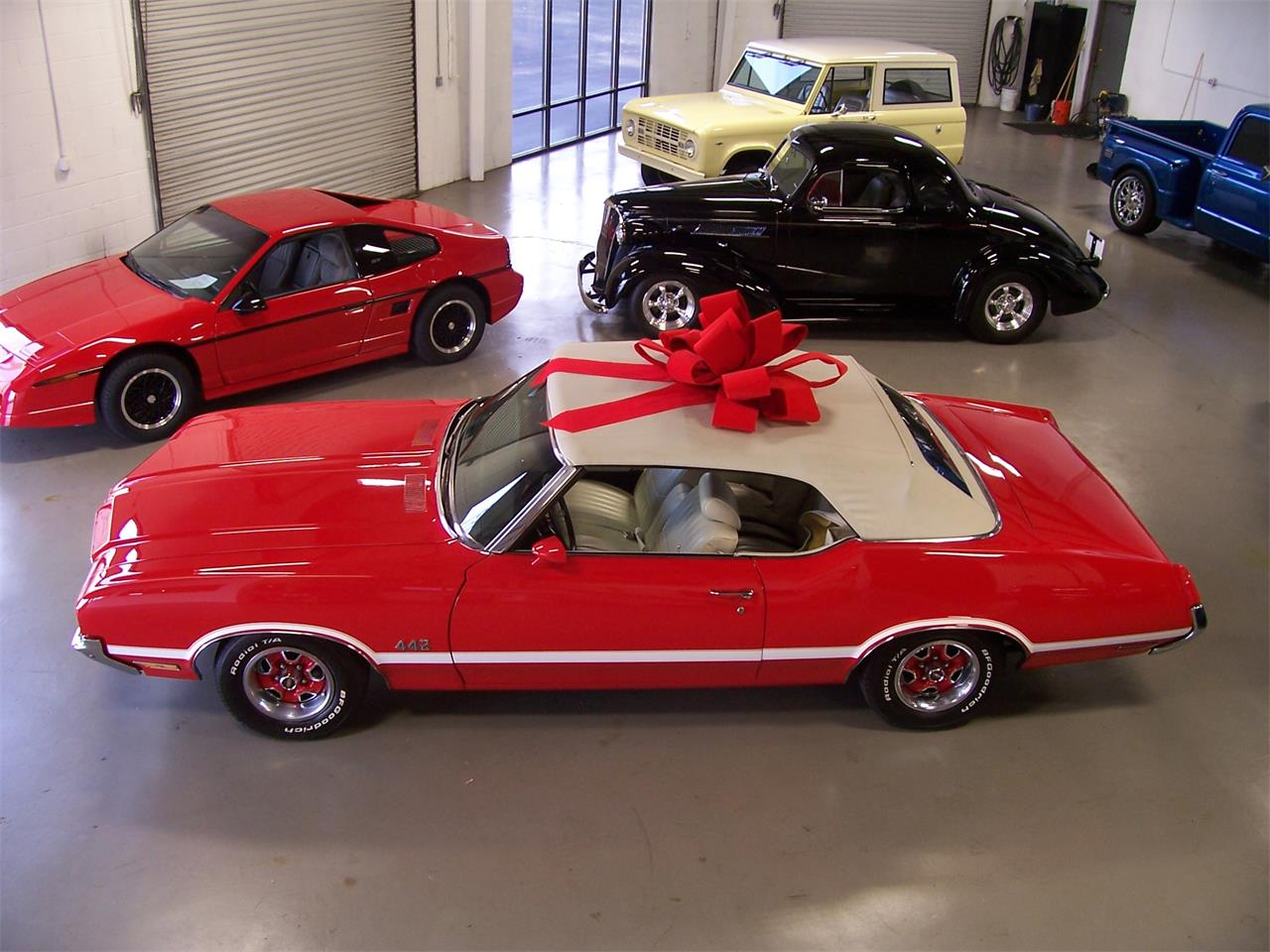 Large Picture of Classic '71 Cutlass - $38,500.00 - MH68