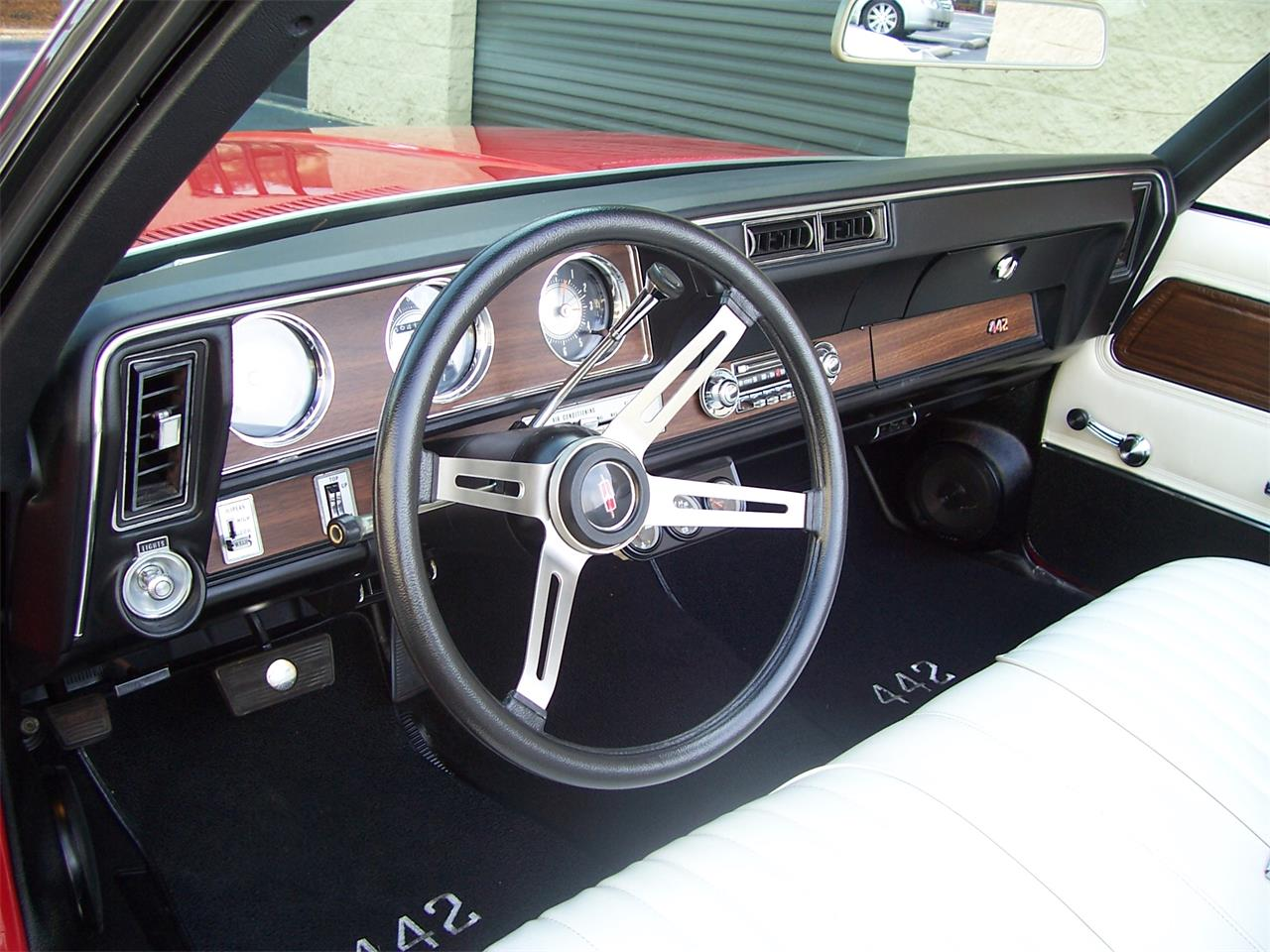 Large Picture of Classic 1971 Oldsmobile Cutlass located in Georgia Offered by Cloud 9 Classics - MH68