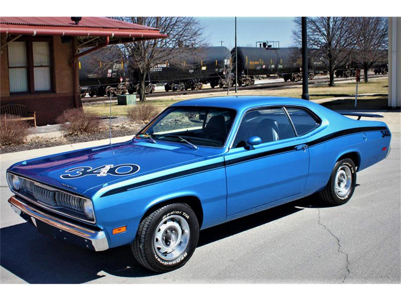 Large Picture of '71 Duster - MH7C