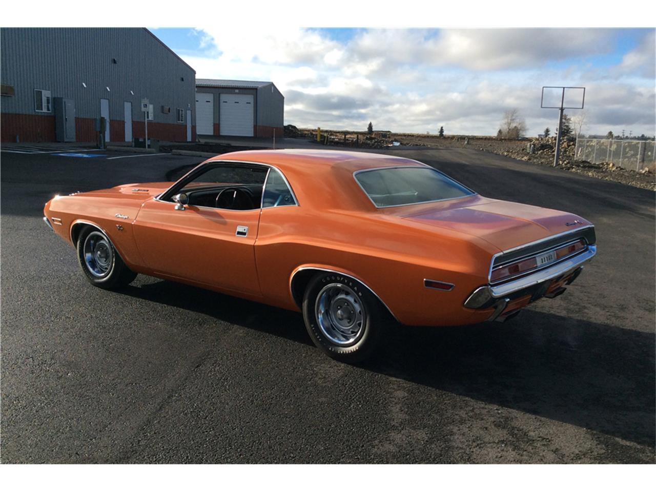 Large Picture of '70 Challenger R/T - MH8J