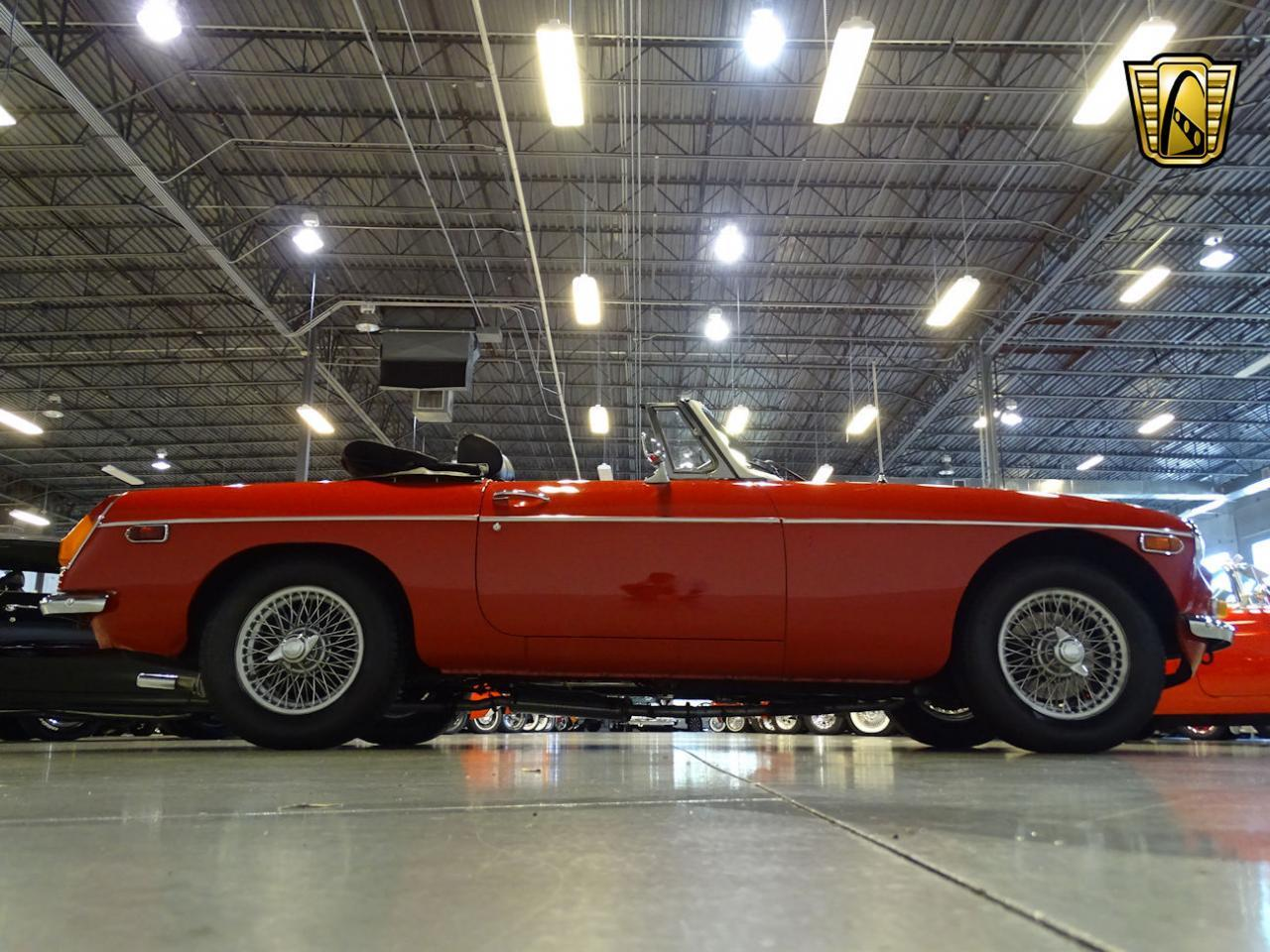 Large Picture of '74 MGB - MH9E