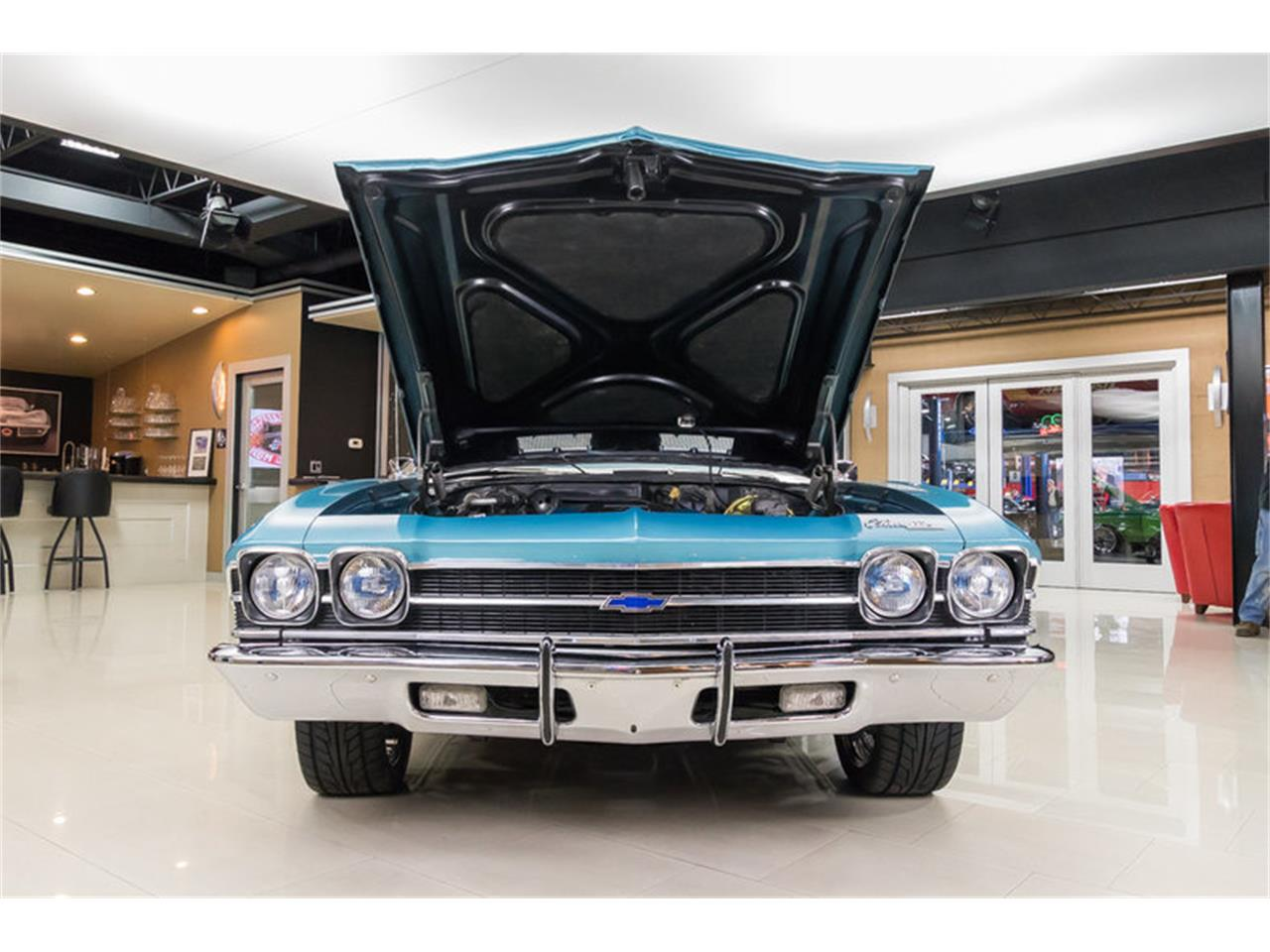 Large Picture of '69 Chevelle Malibu Restomod - MH9N
