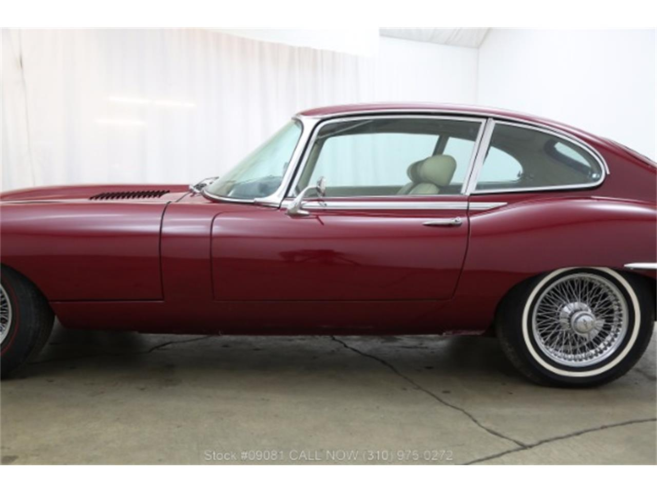 Large Picture of 1969 Jaguar XKE - MH9S