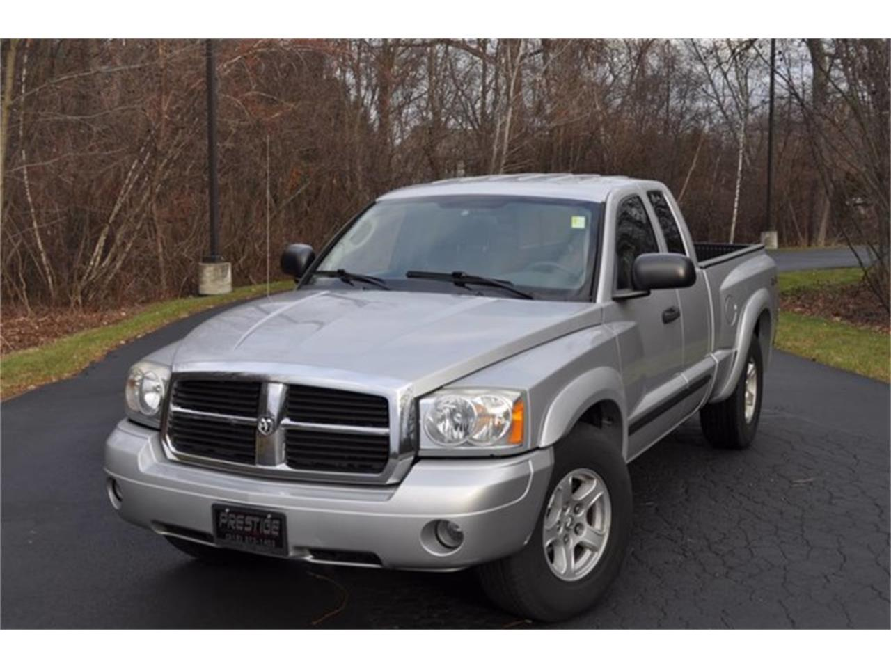 Large Picture of 2005 Dodge Dakota located in Clifton Park New York Auction Vehicle - MHA6