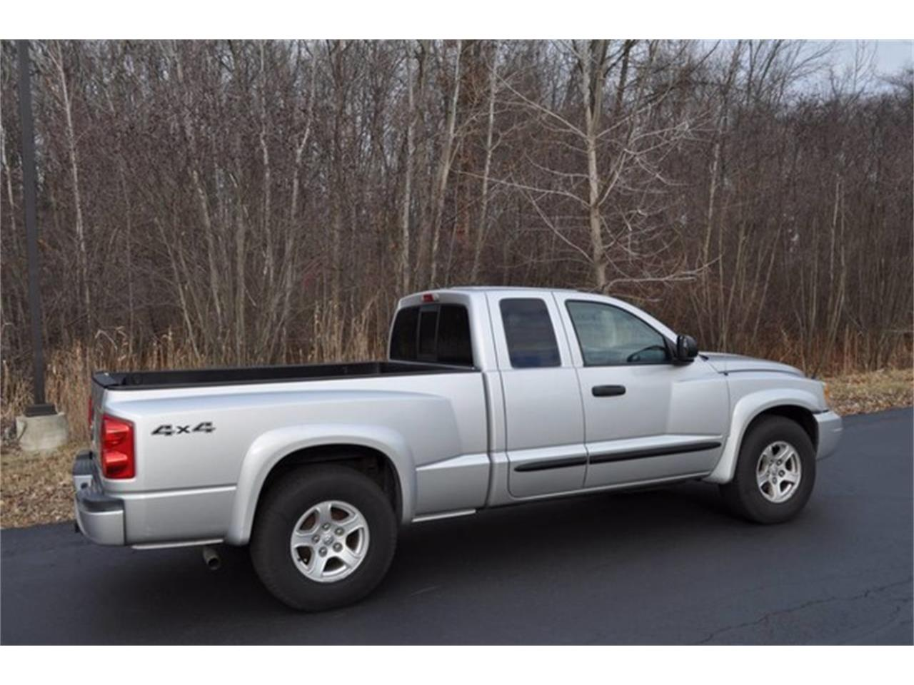 Large Picture of 2005 Dodge Dakota located in New York Auction Vehicle - MHA6