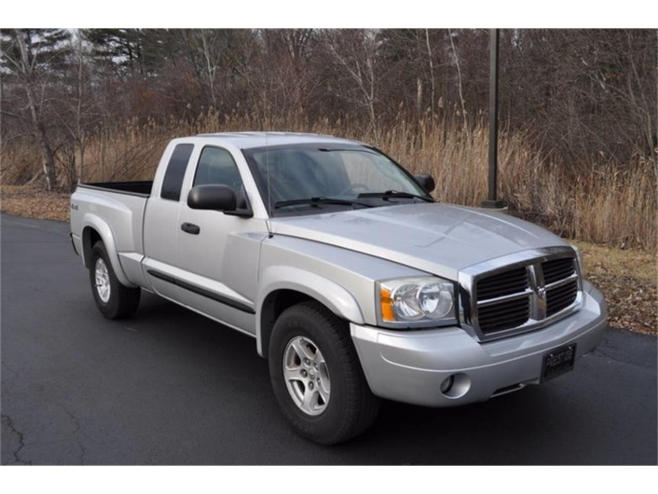 Large Picture of 2005 Dodge Dakota Offered by Prestige Motor Car Co. - MHA6
