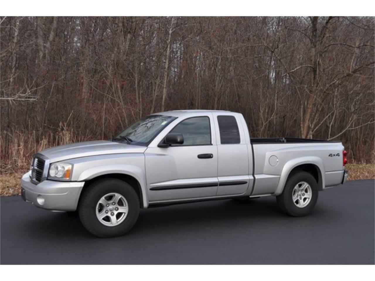 Large Picture of 2005 Dodge Dakota Auction Vehicle - MHA6
