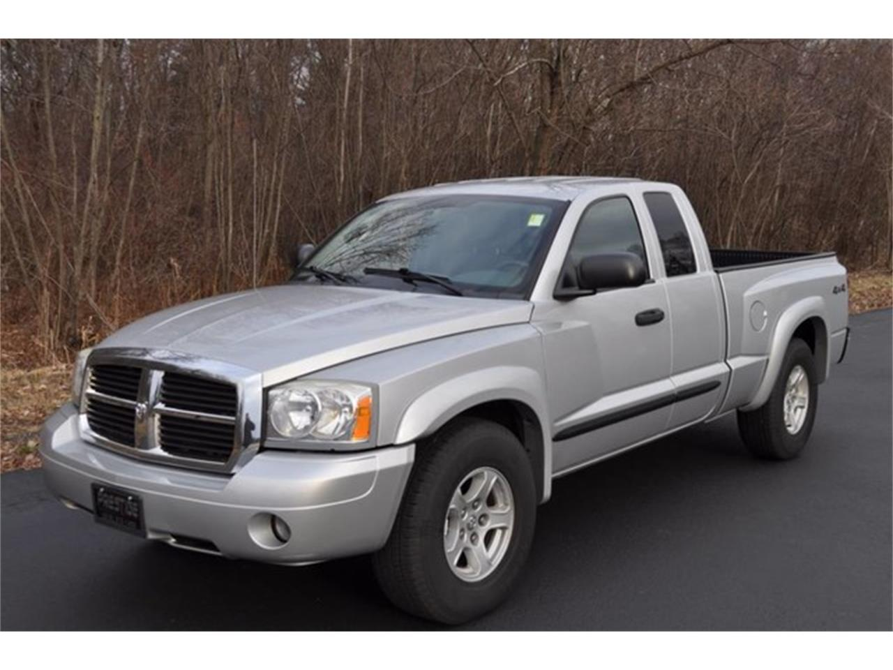 Large Picture of 2005 Dakota Offered by Prestige Motor Car Co. - MHA6