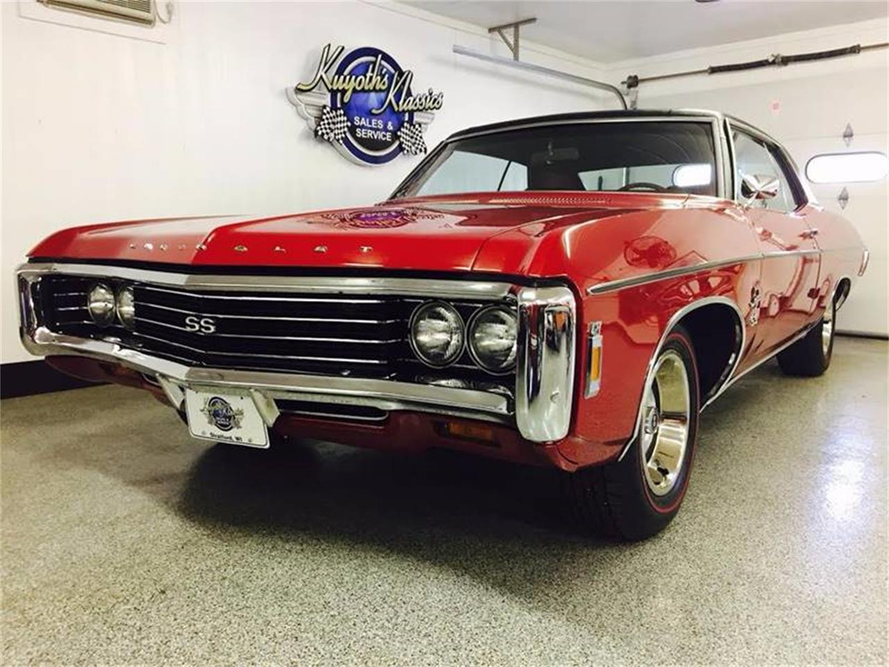 Large Picture of Classic '69 Chevrolet Impala Offered by Kuyoth's Klassics - MHAH