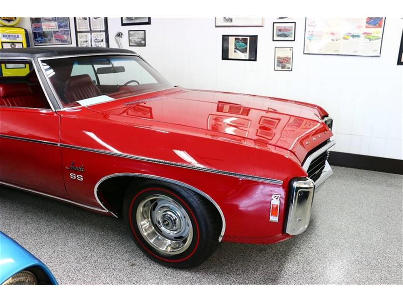 Large Picture of Classic 1969 Chevrolet Impala located in Stratford Wisconsin - $35,800.00 Offered by Kuyoth's Klassics - MHAH