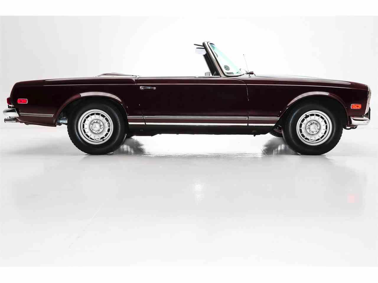 Large Picture of Classic '69 280SL located in Charleston South Carolina - MHE9